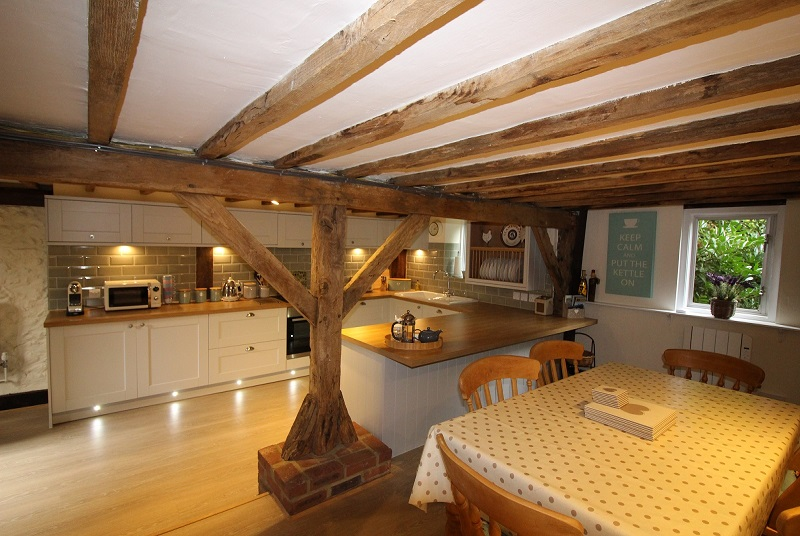 The Hayloft Holiday Cottage For 4 With Heated Pool In Kent